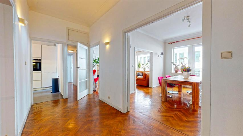 Appartement - Etterbeek - #4349736-1
