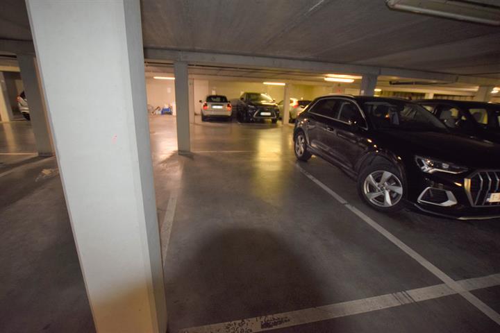 Inside parking - Koekelberg - #4362412-2