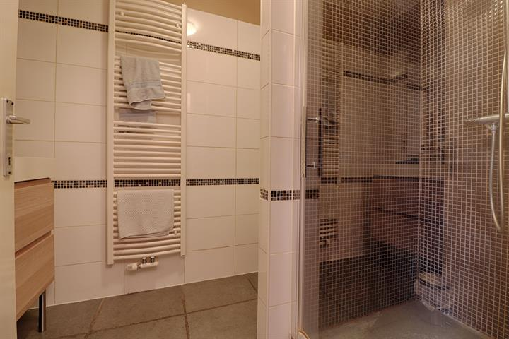 Immeuble à appartements - Herstal - #4101689-4