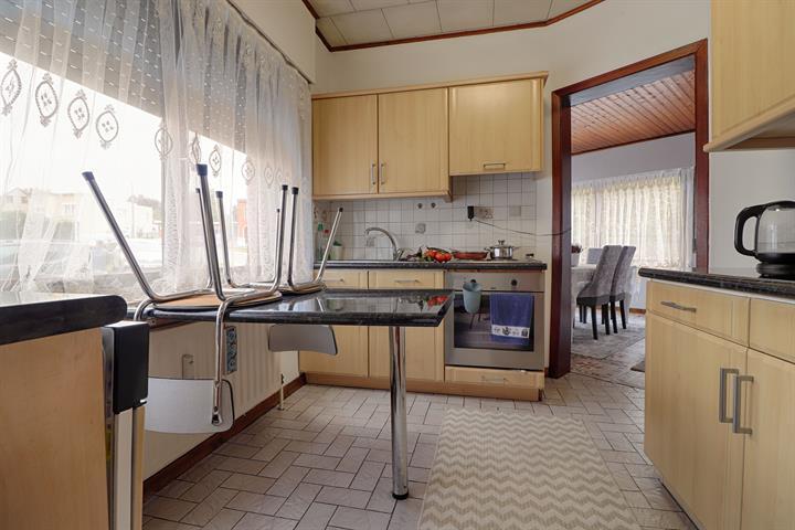 Immeuble à appartements - Herstal - #4185649-4