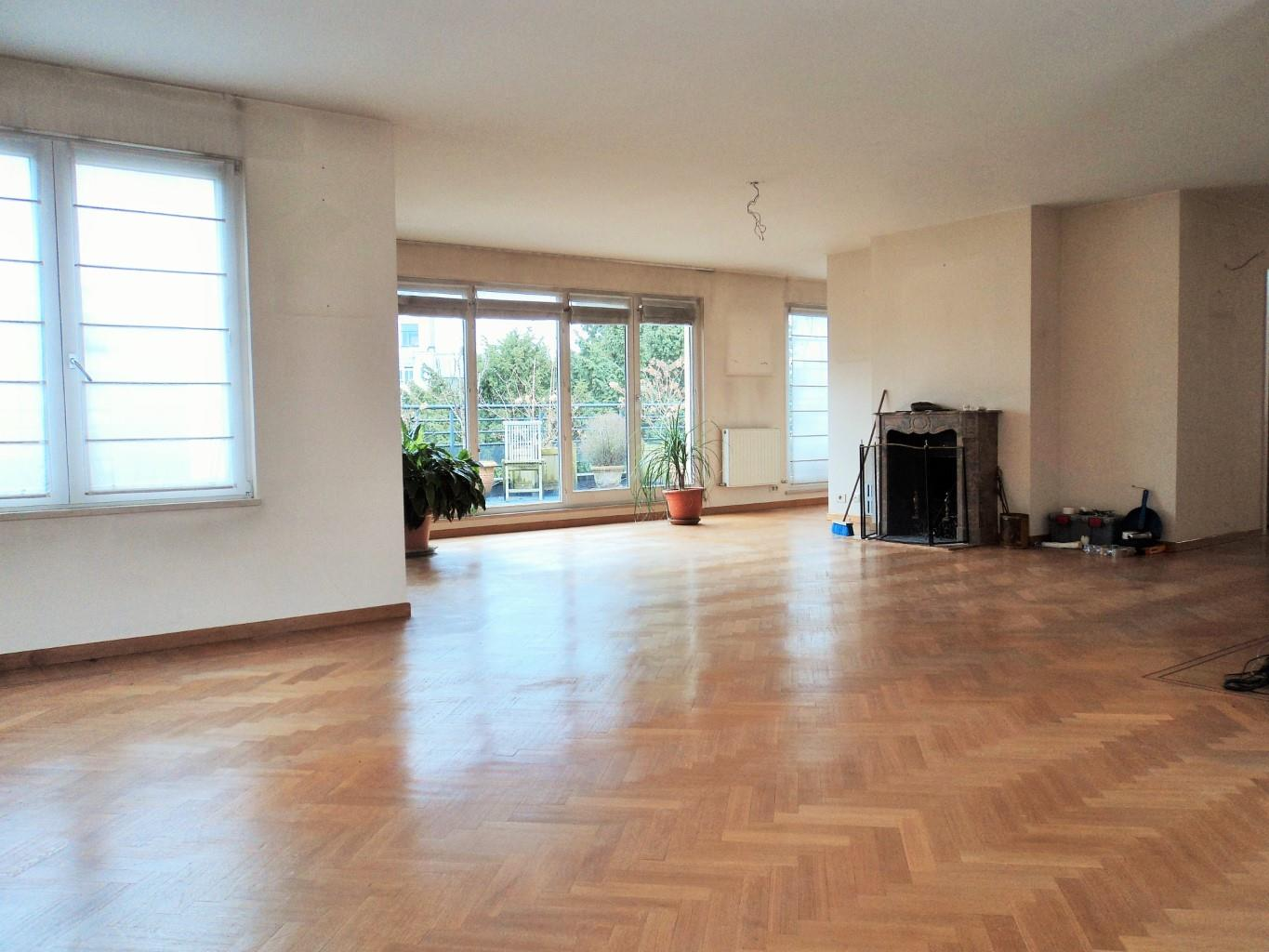 Appartement - Uccle - #1996929-2