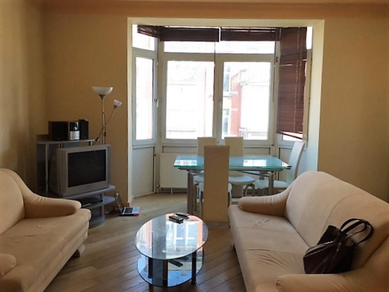 Appartement - Schaarbeek - #2446923-1