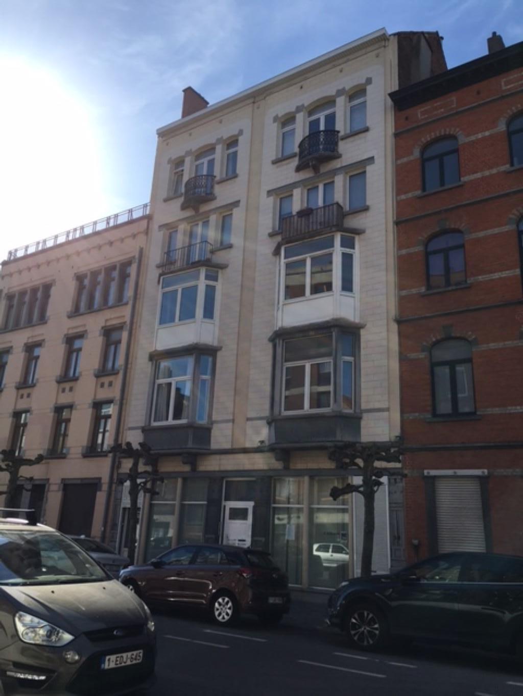 Appartement - Schaarbeek - #2446923-0