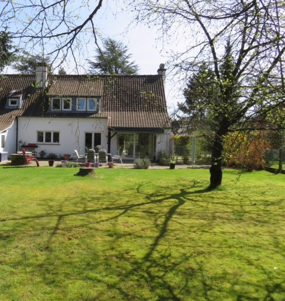 Villa - Braine-l'Alleud Ophain-Bois-Seigneur-Isaac - #3180862-0