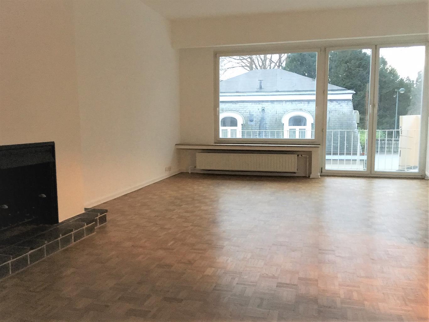 Appartement - Woluwe-Saint-Pierre - #3602288-2