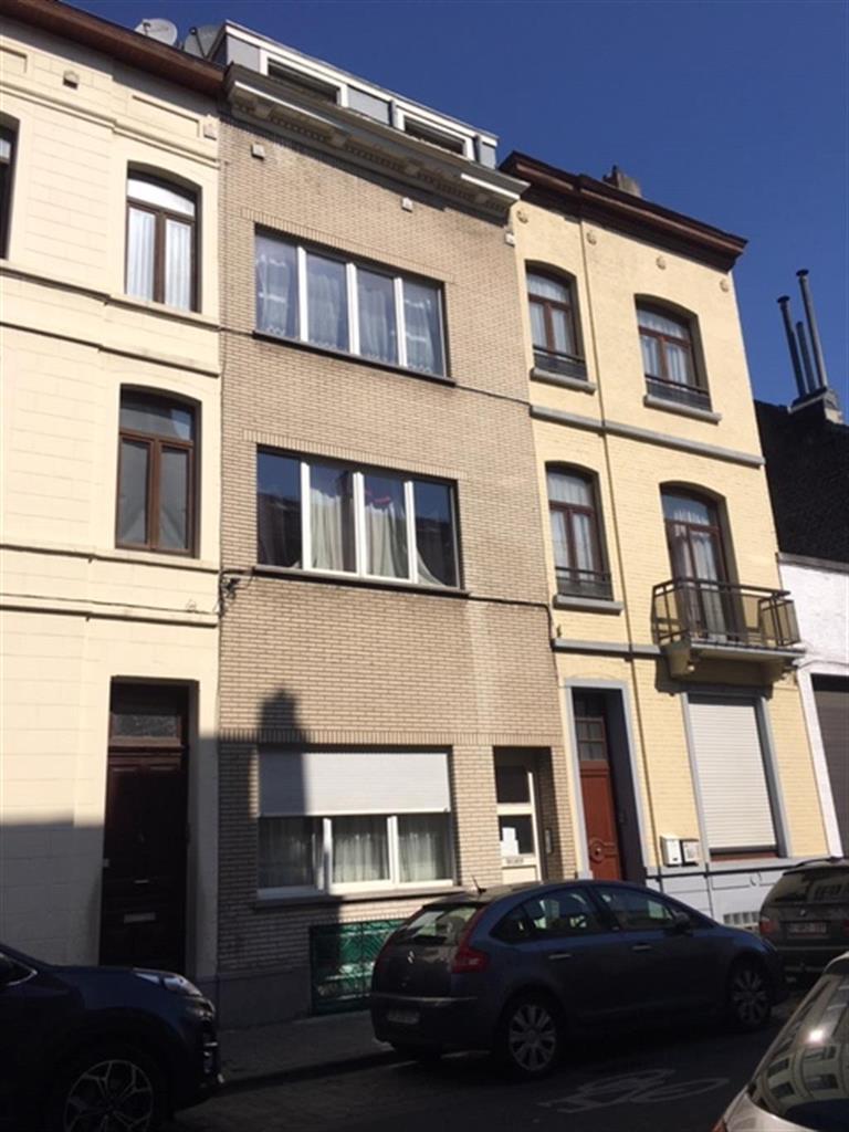 Immeuble à appartements - Schaerbeek - #4116428-0