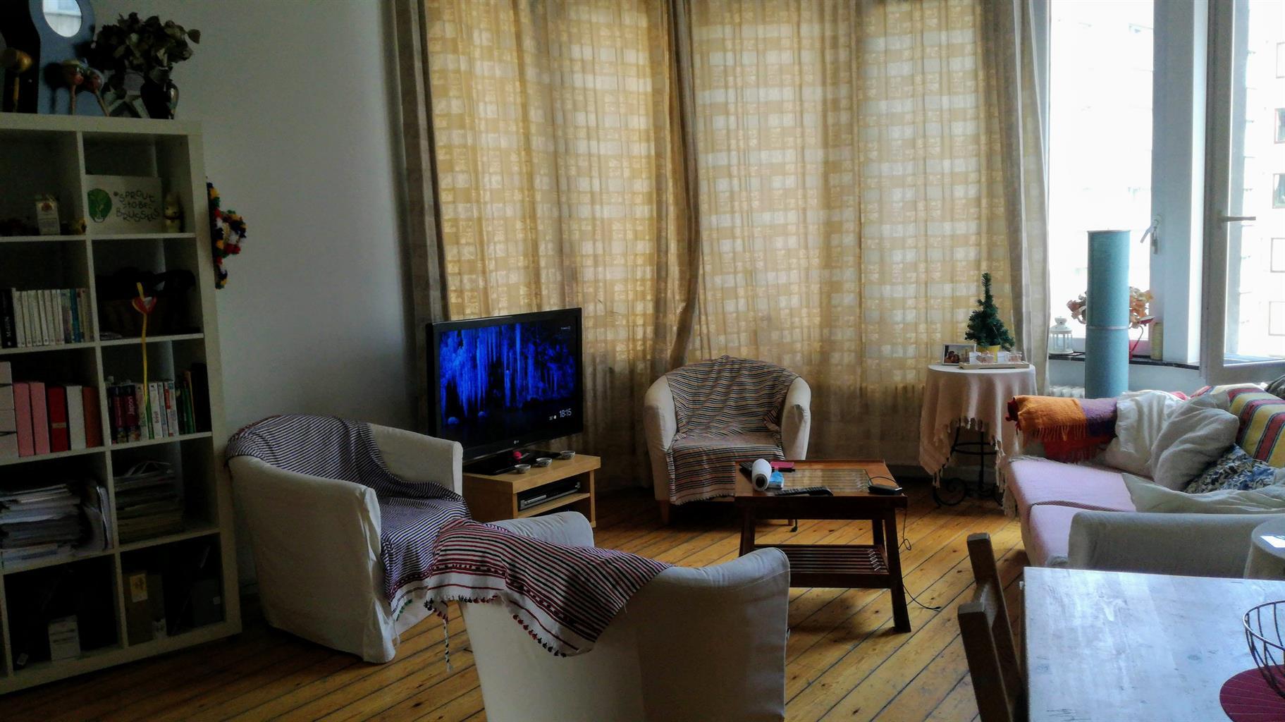 Appartement - Etterbeek - #4154735-0