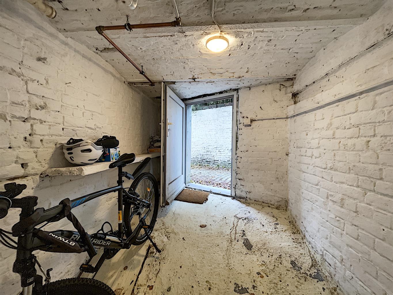 Immeuble à appartements - Etterbeek - #4240923-25