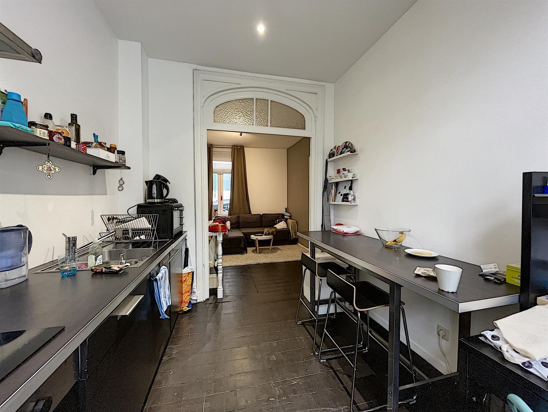 Immeuble à appartements - Etterbeek - #4240923-1