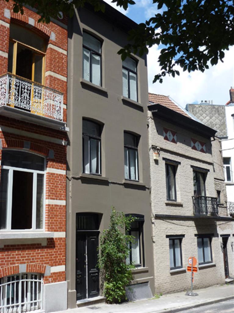 Immeuble à appartements - Etterbeek - #4240923-0