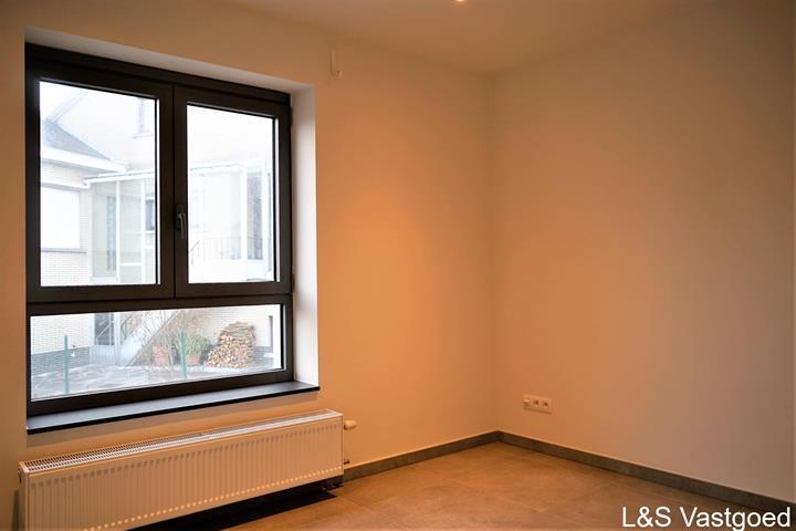 gelijkvloerse verdieping te Roosdaal Pamel