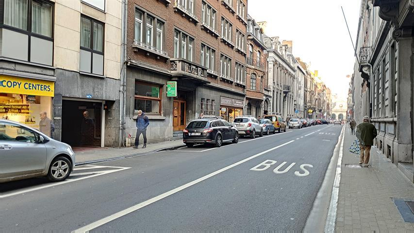 Parking intérieur - Namur - #4205548-0