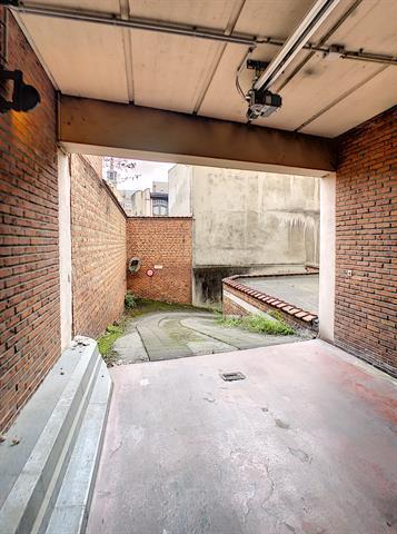 Parking intérieur - Namur - #4205548-4