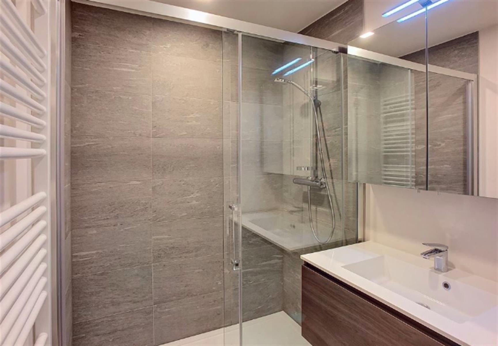 Appartement - Ixelles - #3999486-3