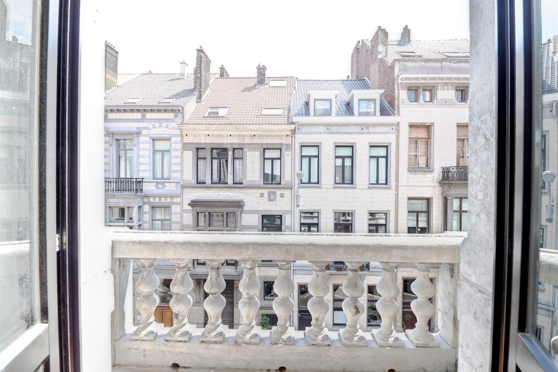 Flat - Ixelles - #4091402-1