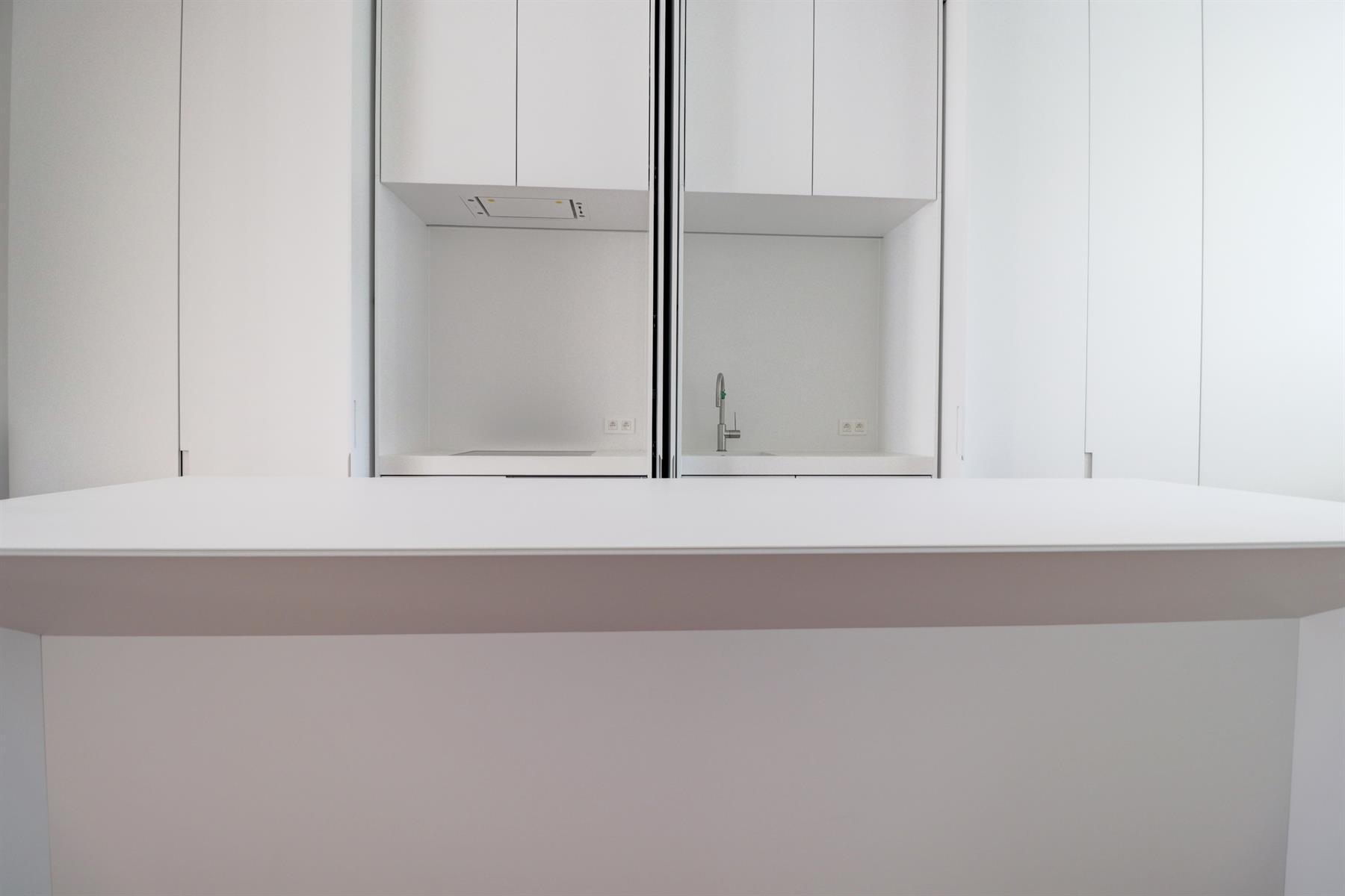 Flat - Ixelles - #4091403-8