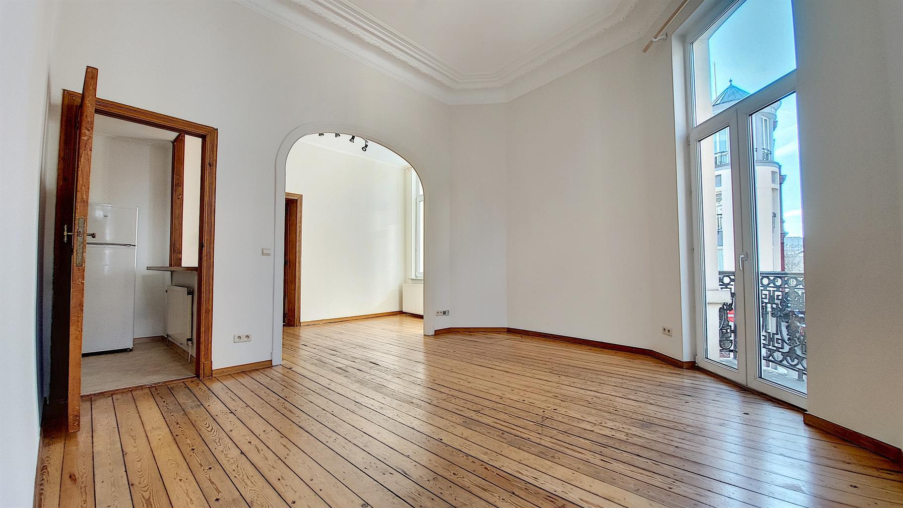 Appartement - Saint-Gilles - #4356932-0