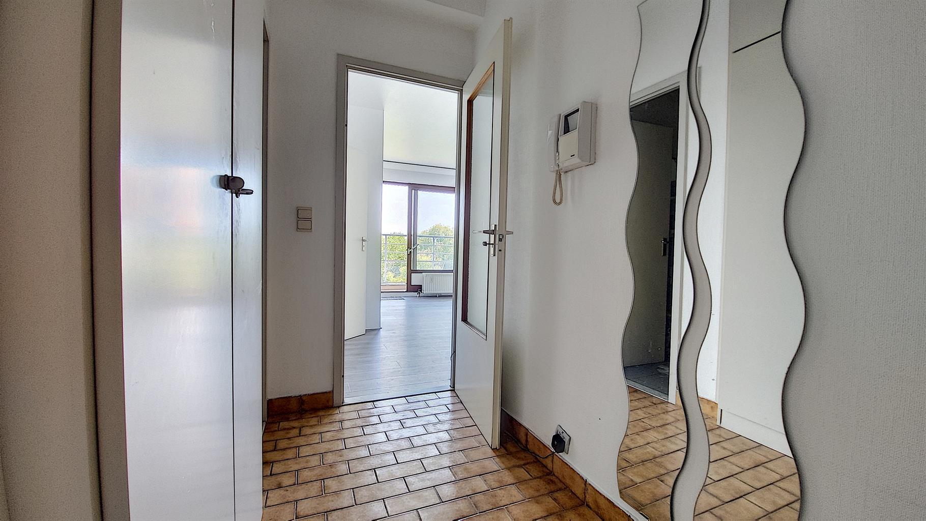 Studio - Woluwe-Saint-Lambert - #4432852-18