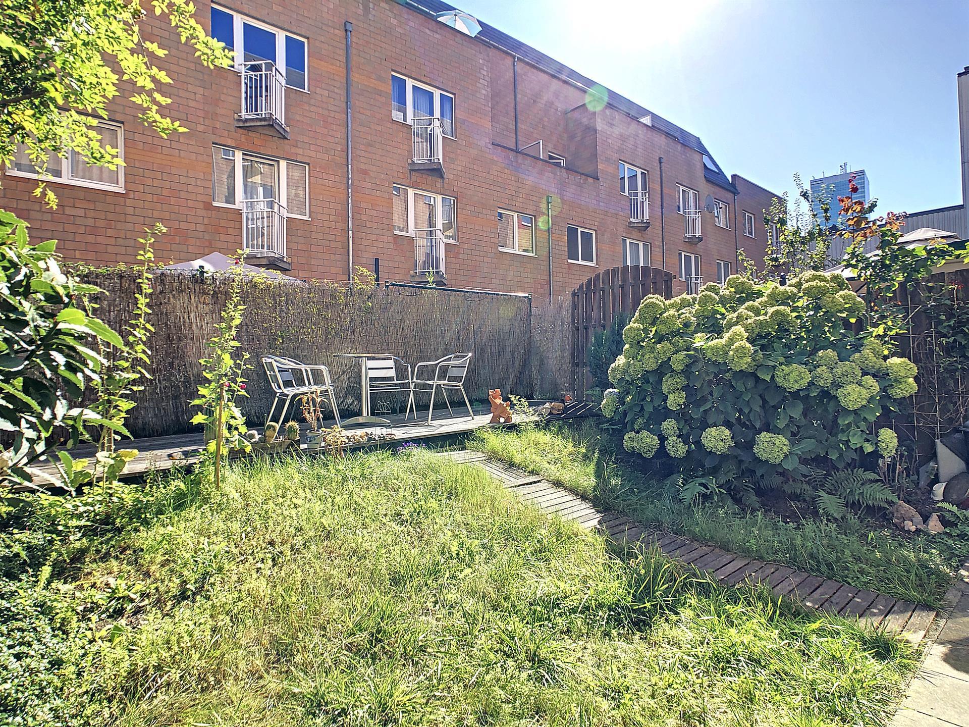 Rez-de-ch. avec jardin - Anderlecht - #4106650-8
