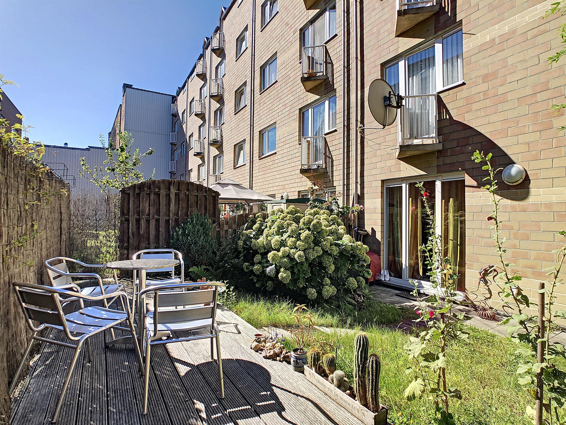 Rez-de-ch. avec jardin - Anderlecht - #4106650-4
