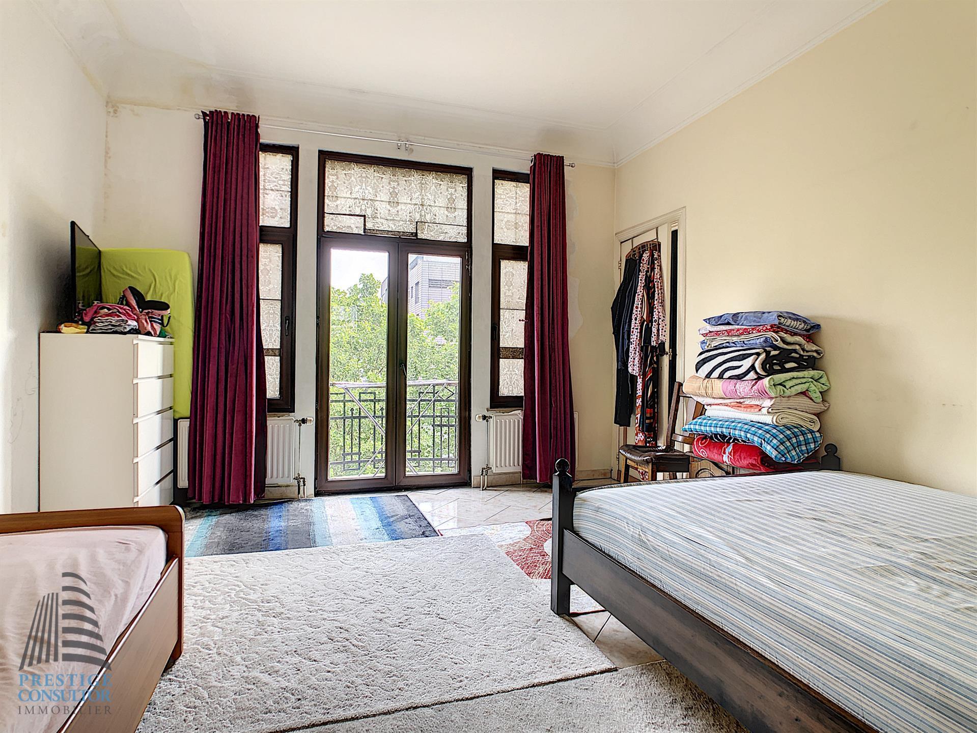 Appartement - Schaarbeek - #4117365-1