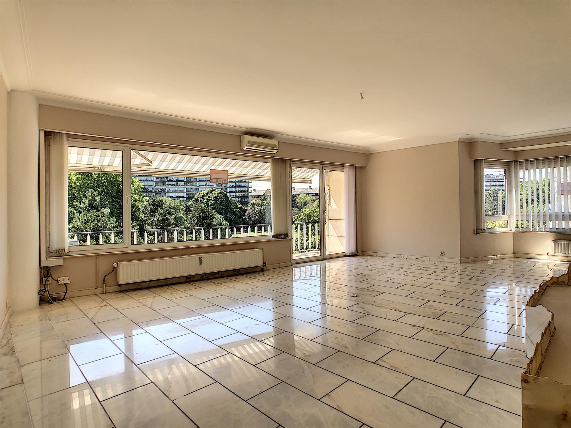 Appartement - Molenbeek-Saint-Jean - #4134416-2