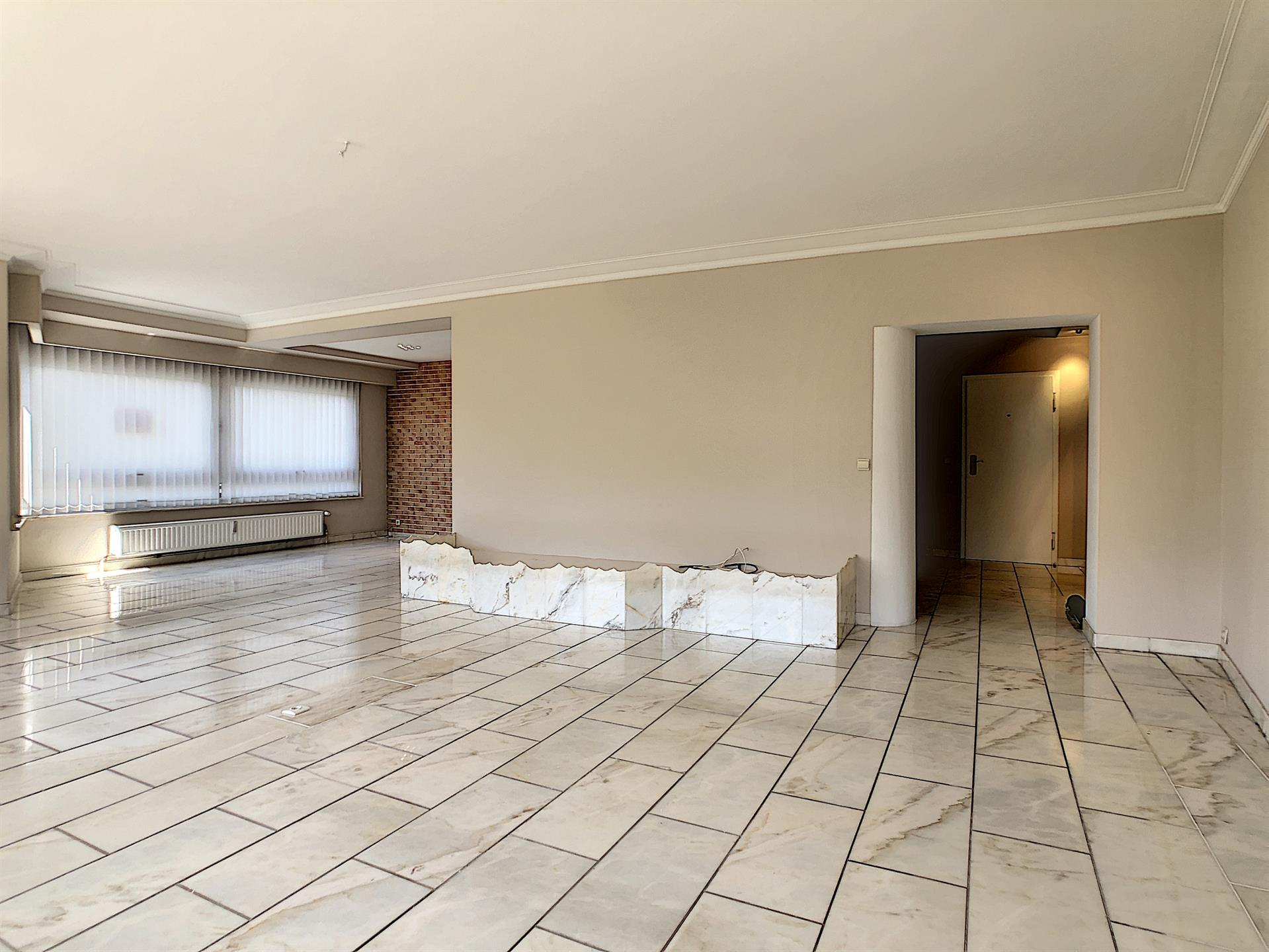 Appartement - Molenbeek-Saint-Jean - #4134416-1