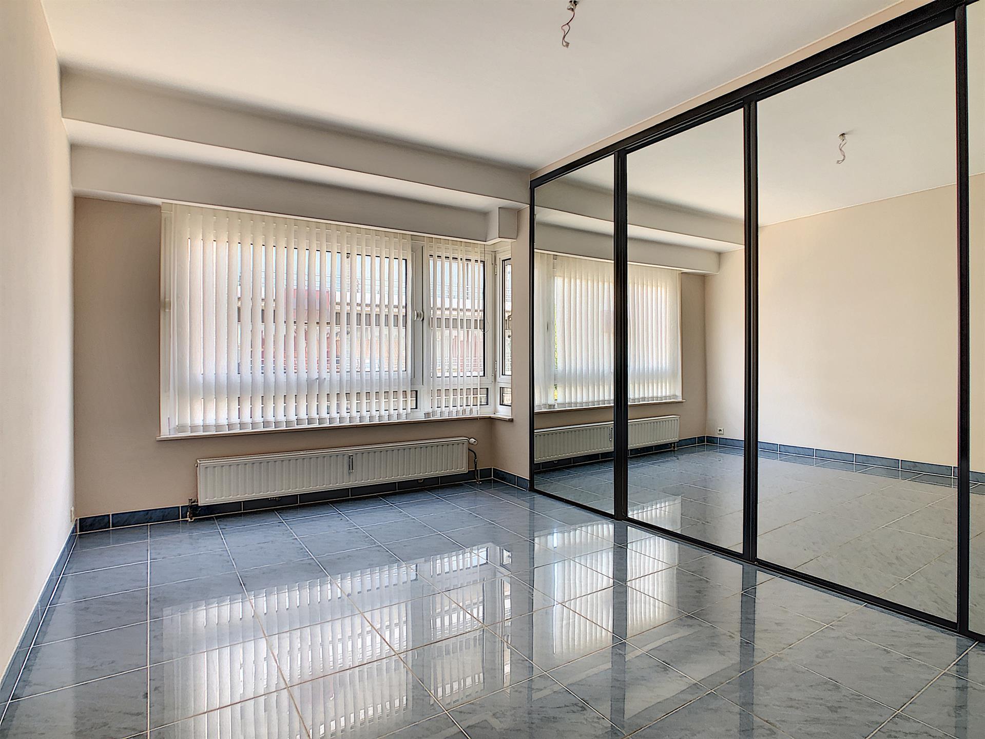 Appartement - Molenbeek-Saint-Jean - #4134416-4