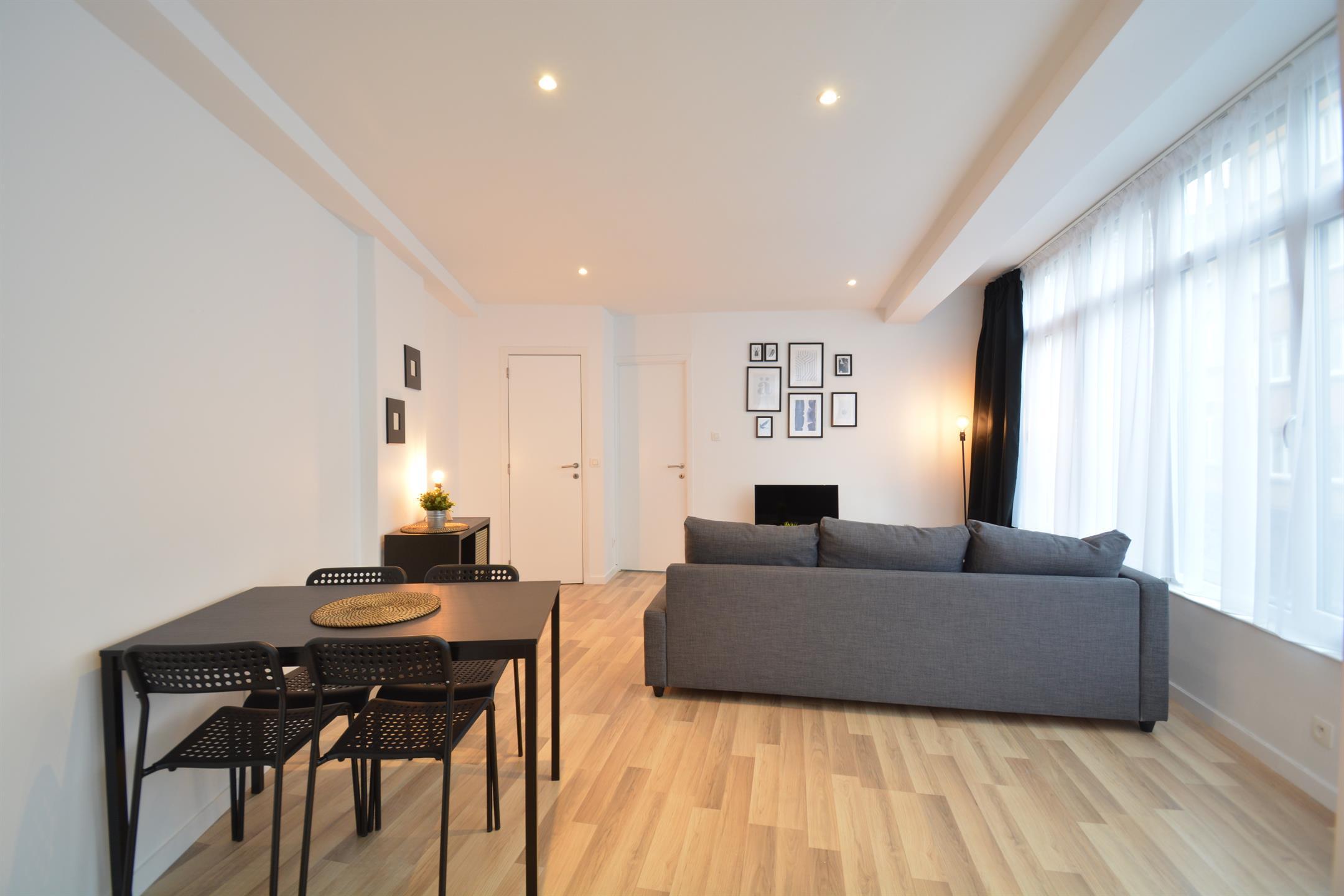 Appartement - Saint-Josse-ten-Noode - #4148836-2