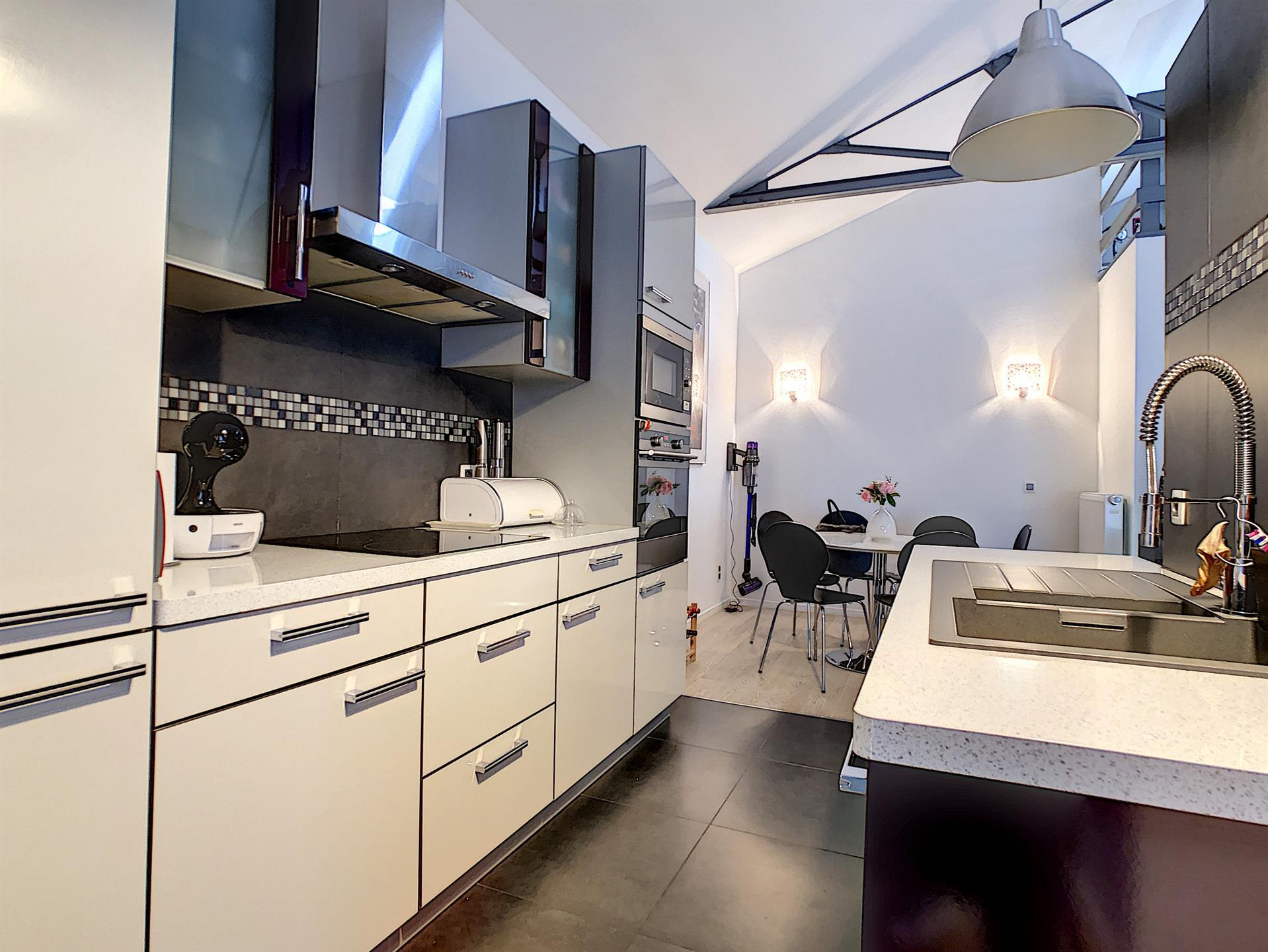 Entrepôt - Schaerbeek - #4194227-2