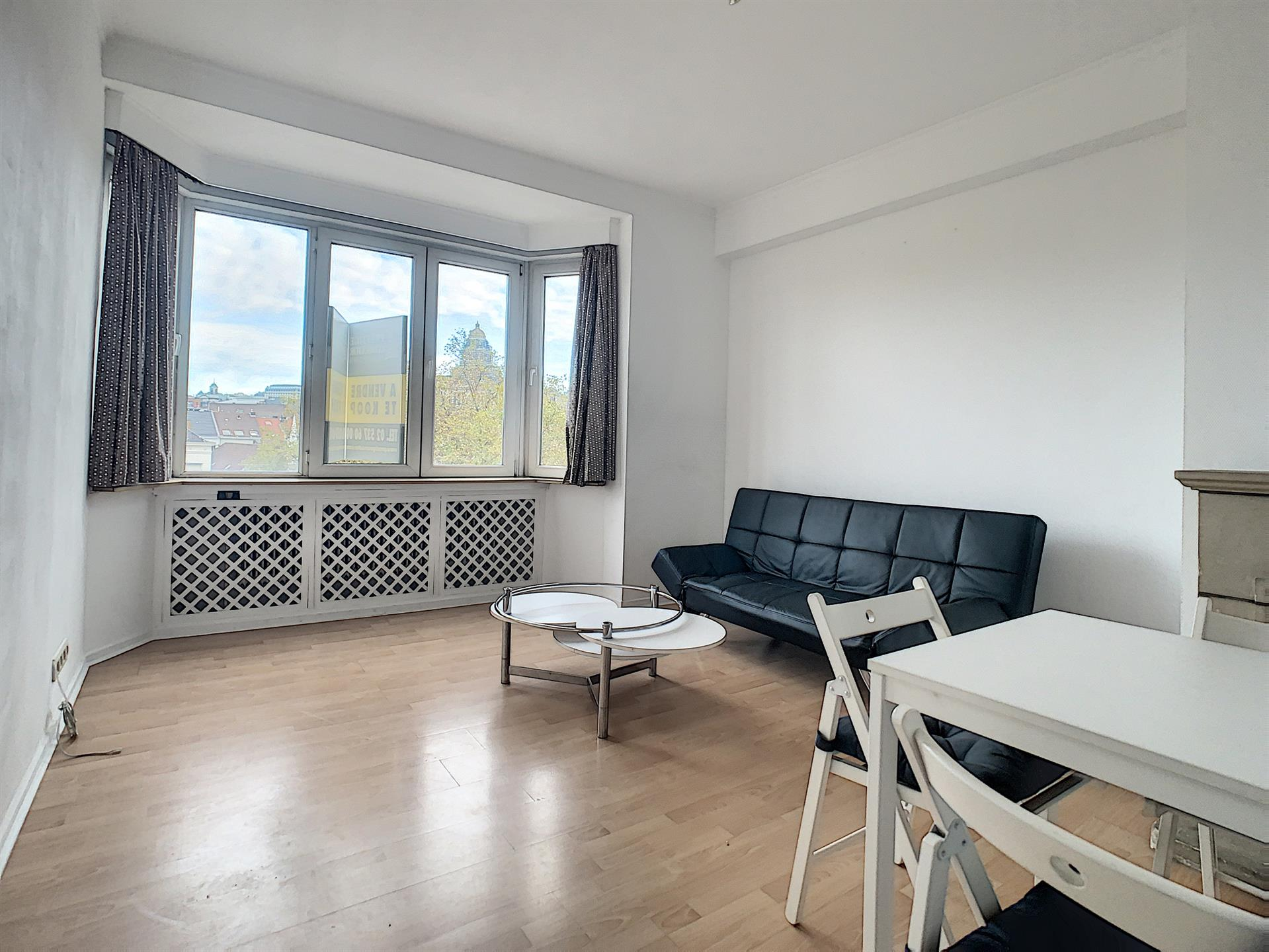 Appartement - Sint-Gillis - #4202152-1