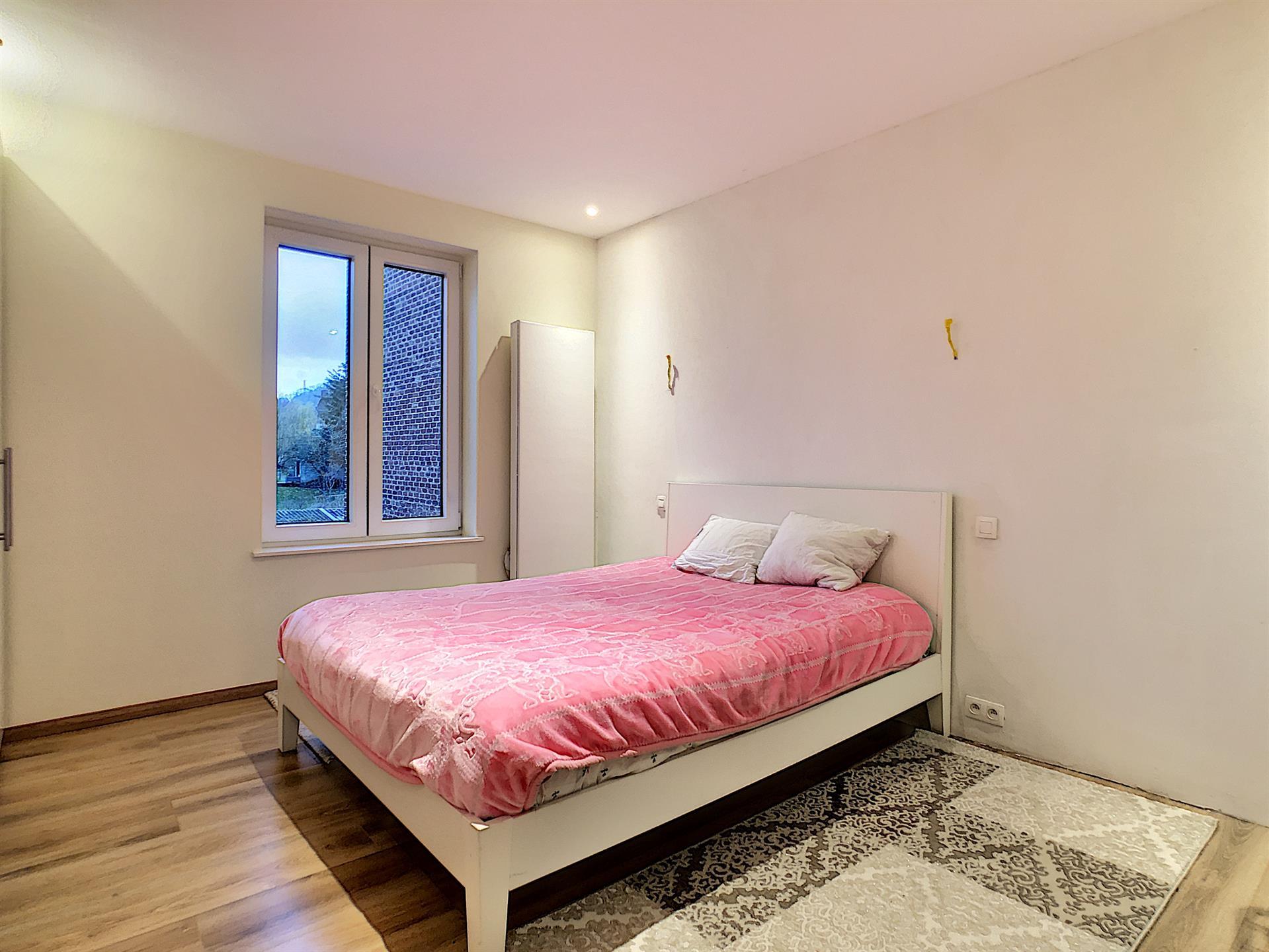 Maison unifamiliale - Charleroi - #4224428-6