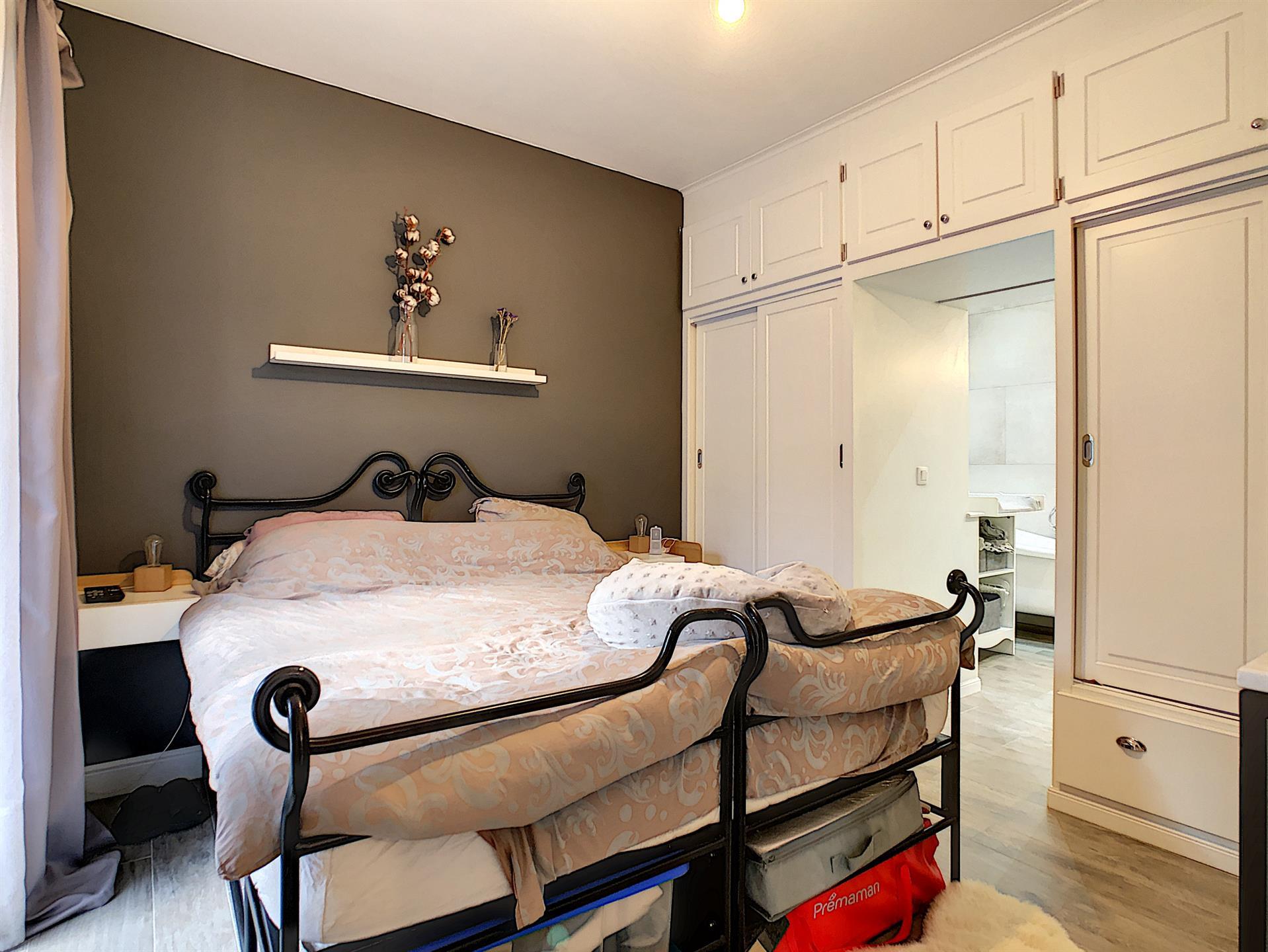 Appartement avec jardin - Anderlecht - #4228000-3