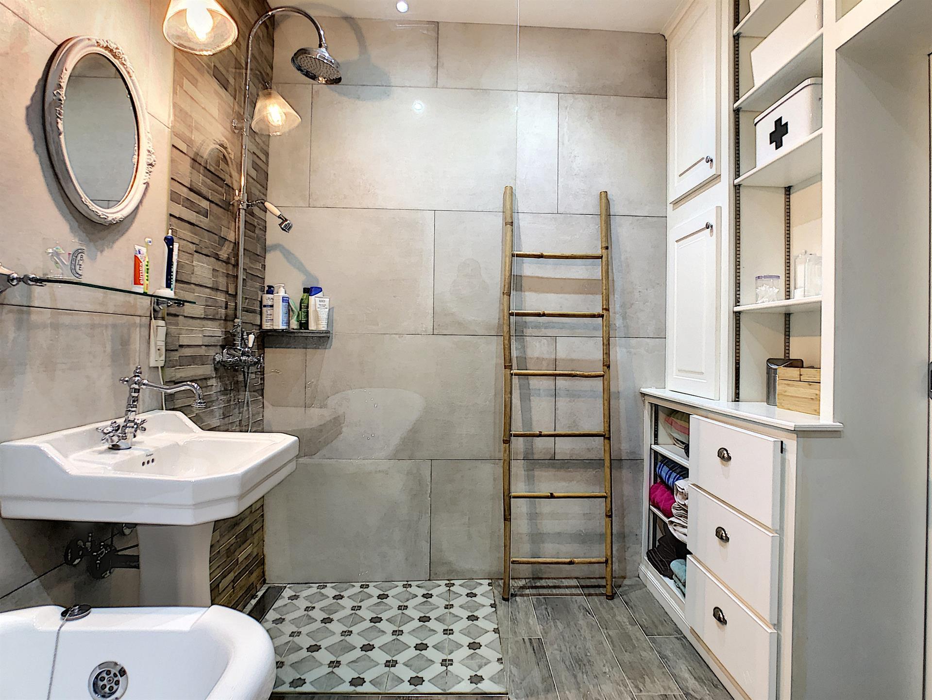 Appartement avec jardin - Anderlecht - #4228000-4