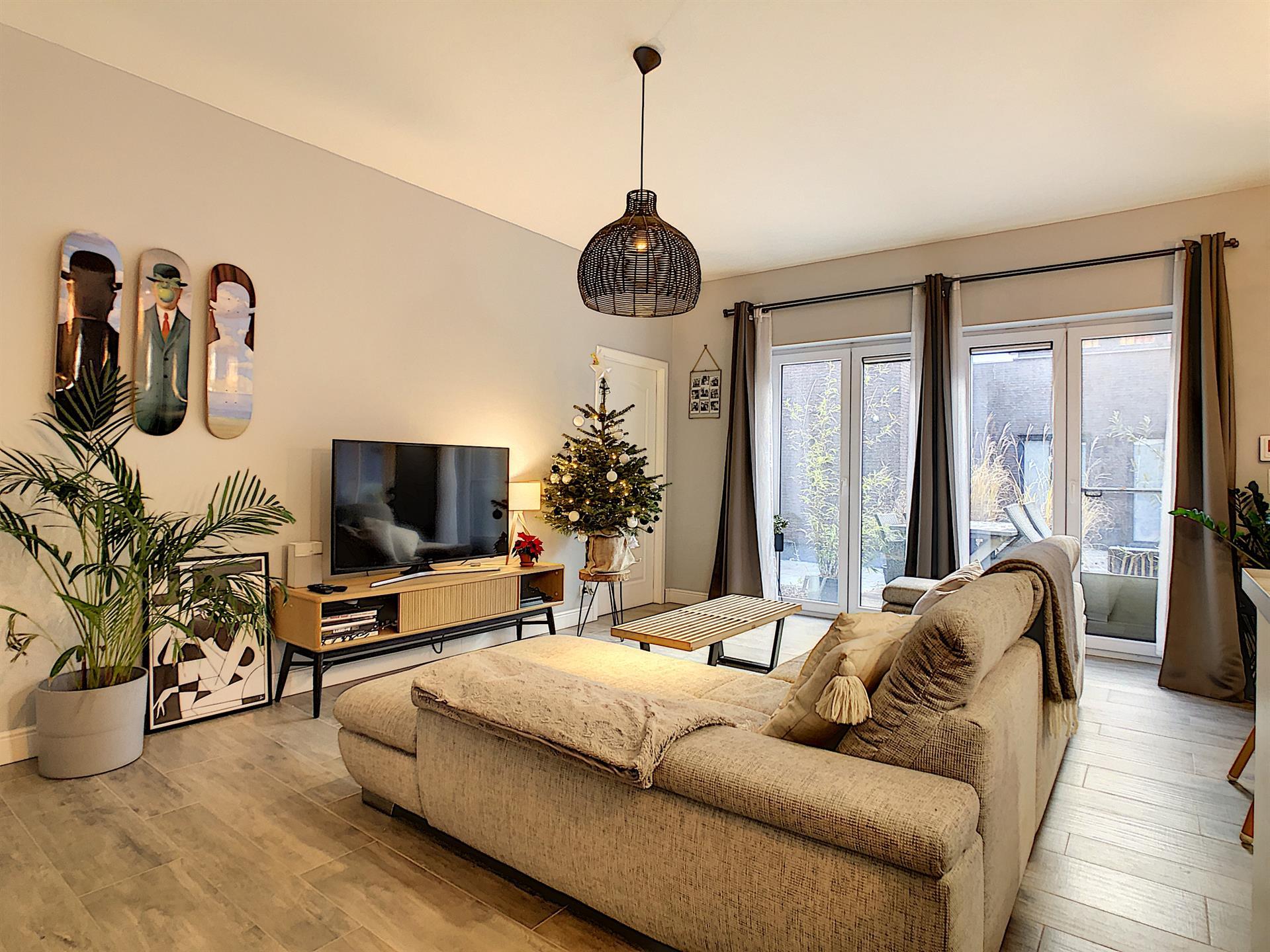 Appartement avec jardin - Anderlecht - #4228000-0