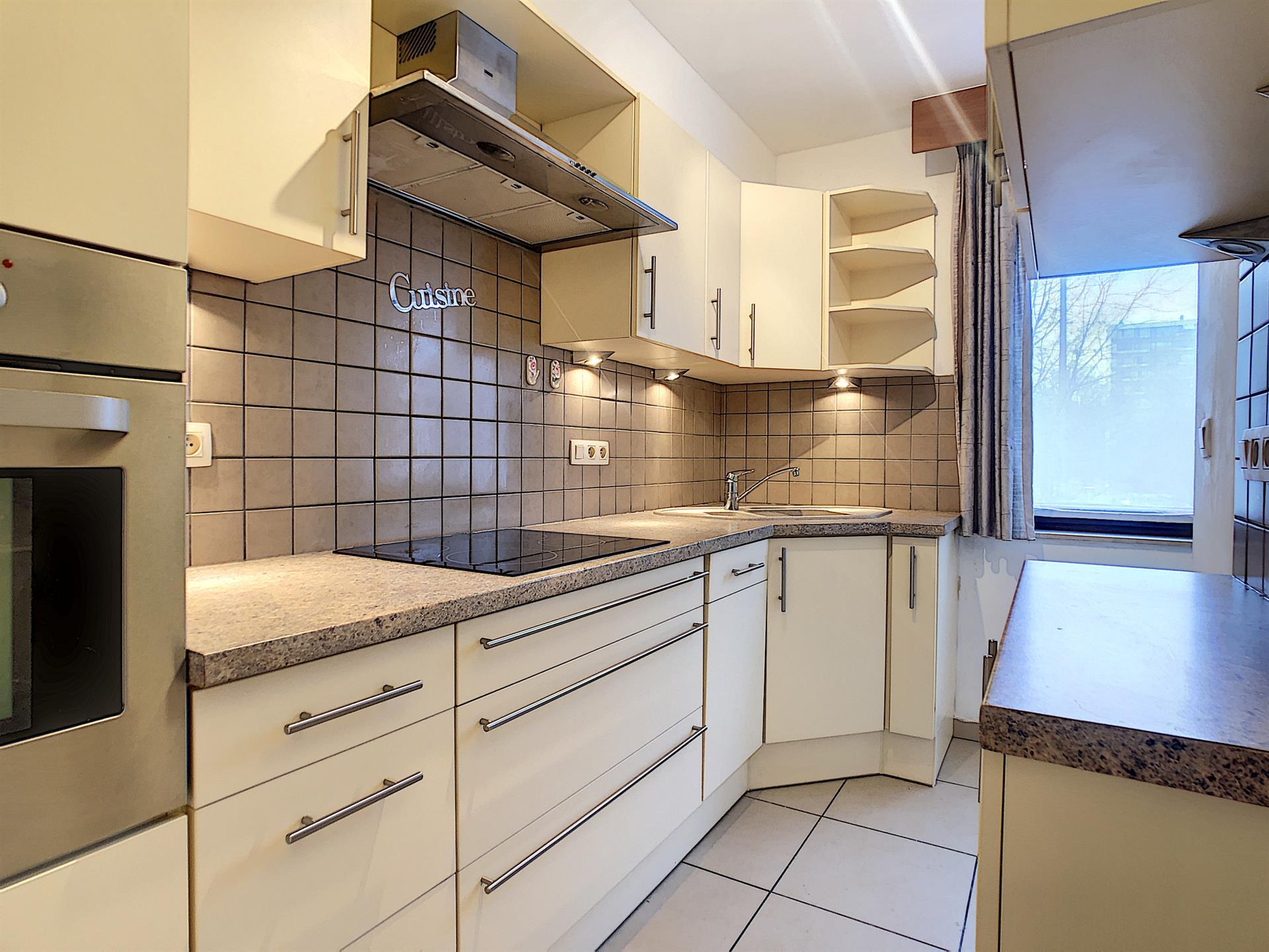 Appartement - Anderlecht - #4238875-0