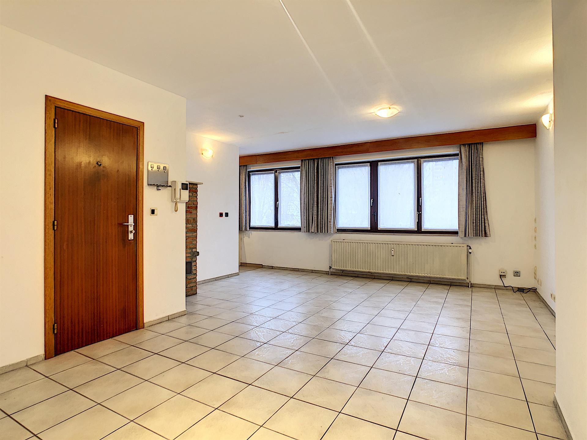 Appartement - Anderlecht - #4238875-1