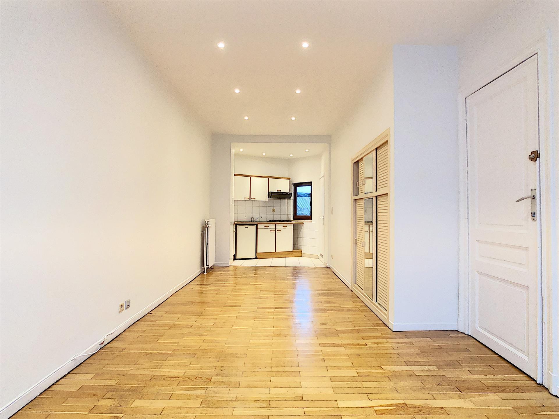 Maison unifamiliale - Anderlecht - #4246598-1