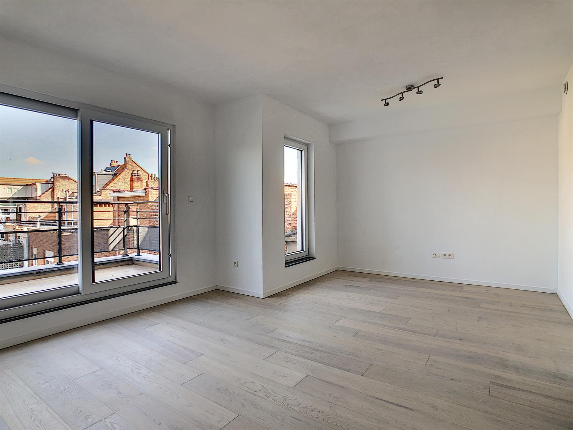 Appartement - Anderlecht - #4252375-1