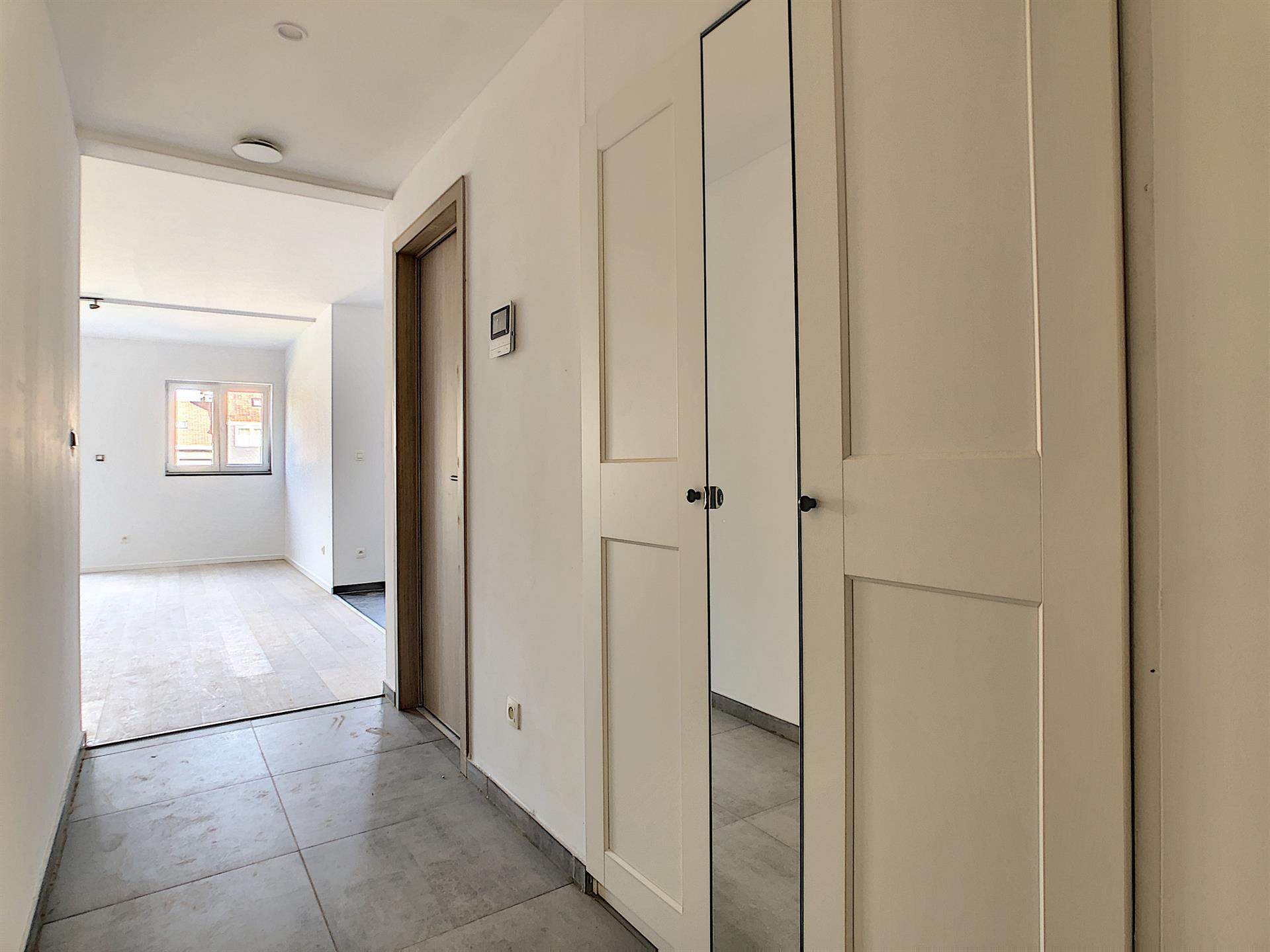 Appartement - Anderlecht - #4252385-2