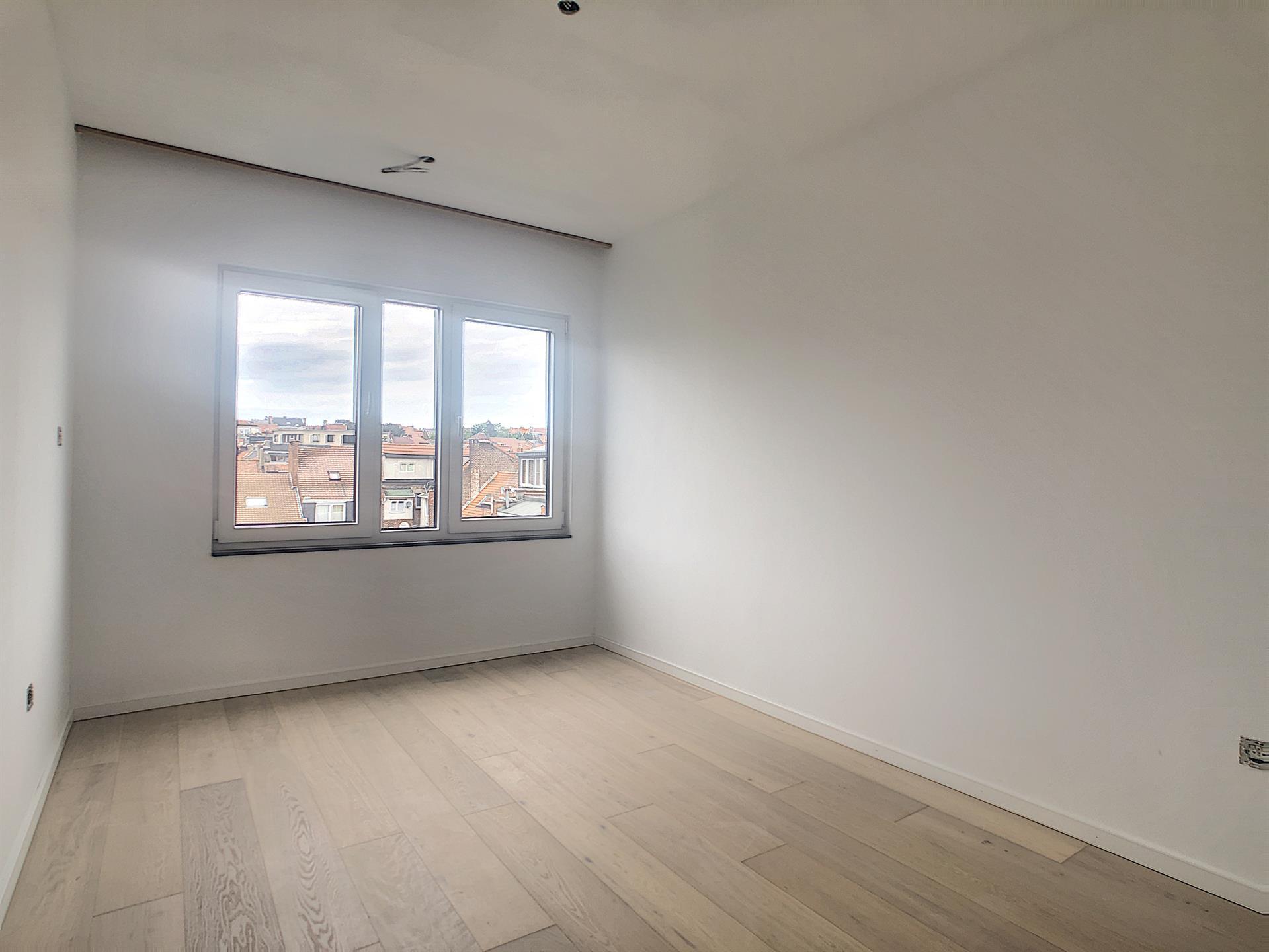Appartement - Anderlecht - #4252388-38