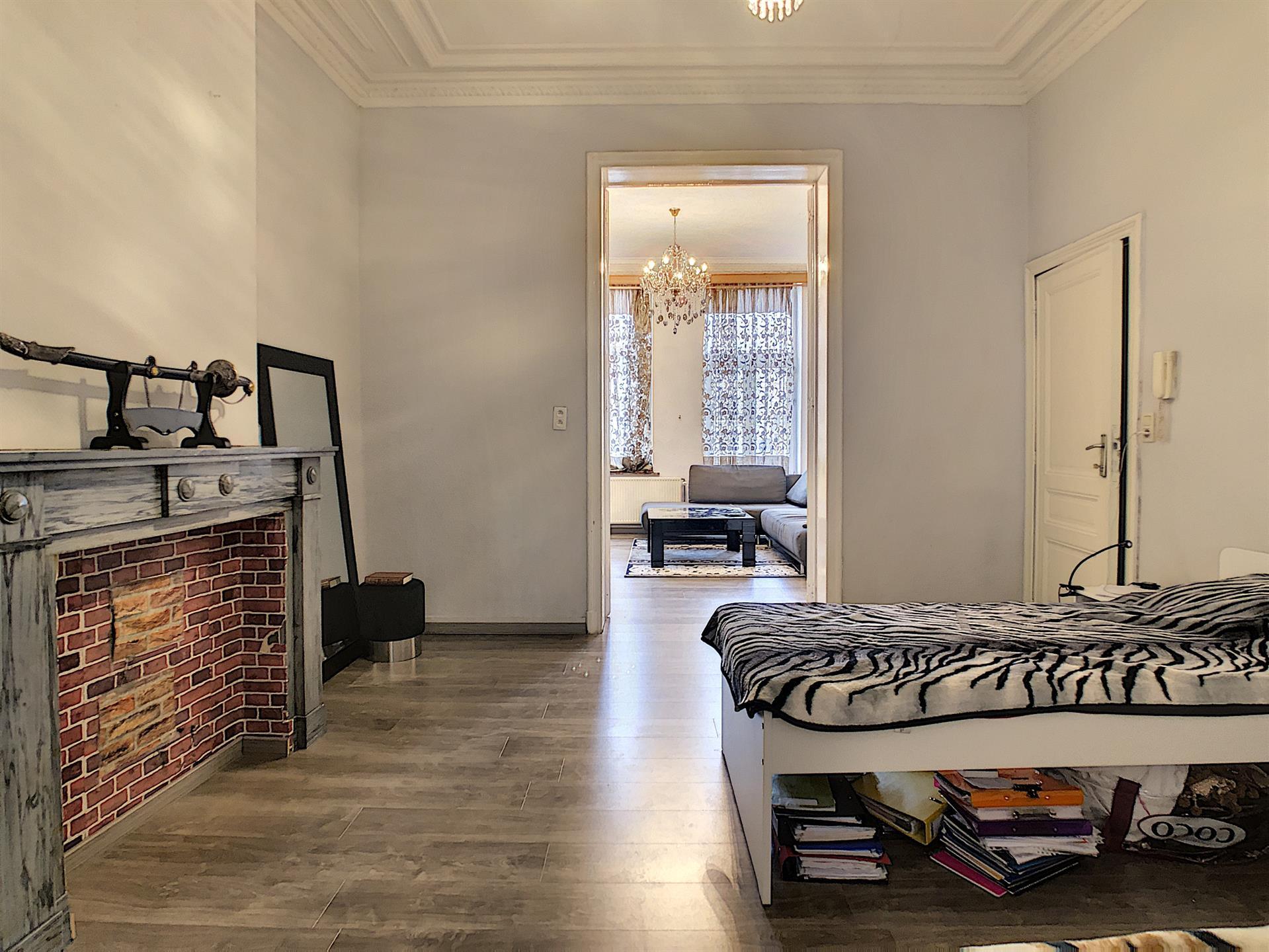 Appartement - Anderlecht - #4269261-0
