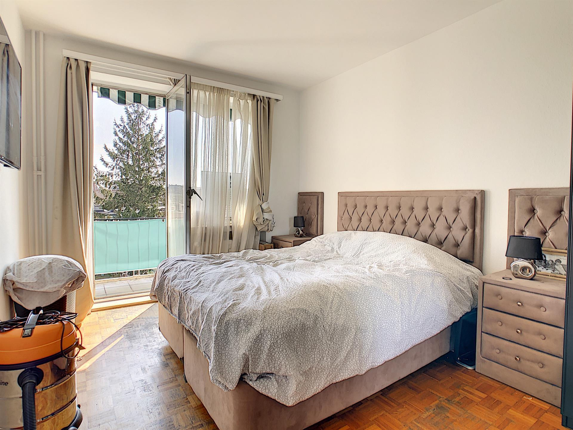 Appartement - Molenbeek-Saint-Jean - #4318374-2