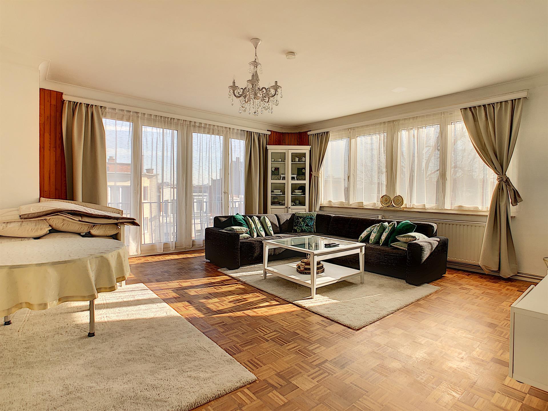 Appartement - Anderlecht - #4322755-0