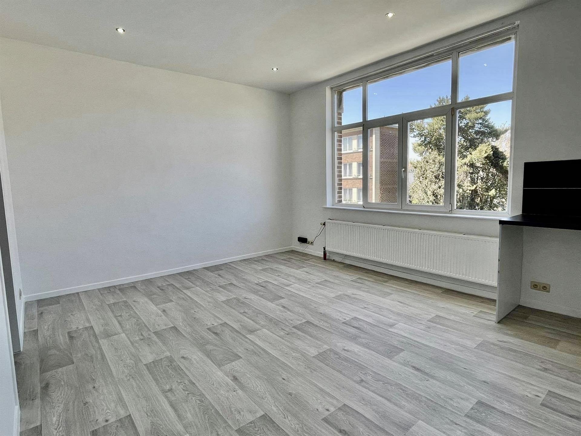 Appartement - Molenbeek-Saint-Jean - #4343762-2
