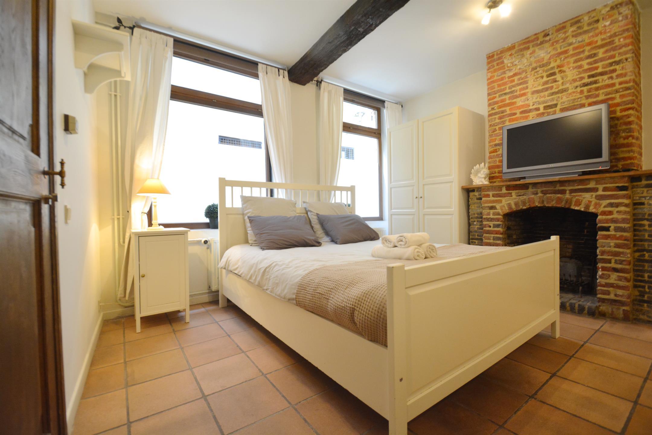 Immeuble à appartements - Brussels - #4345304-5