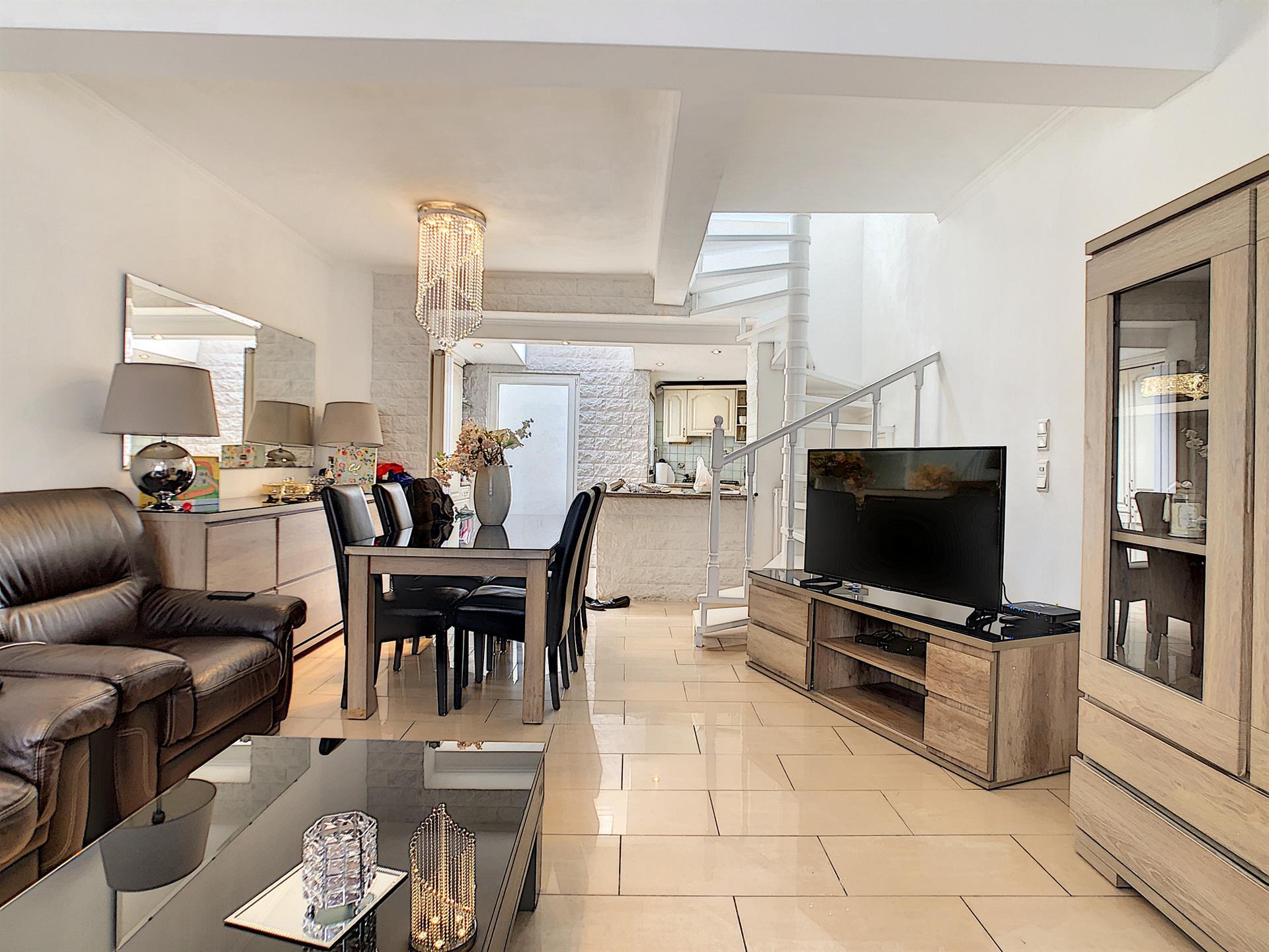 Maison unifamiliale - Anderlecht - #4367741-0