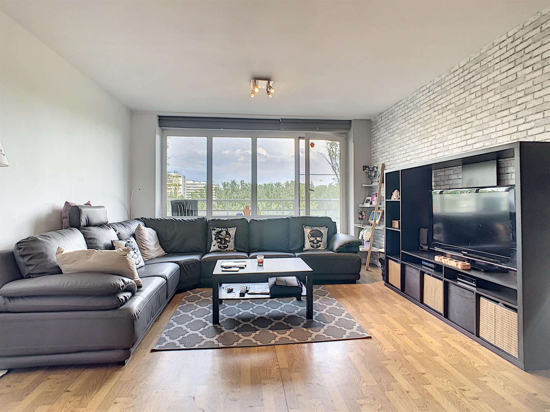 Appartement - Anderlecht - #4381251-1
