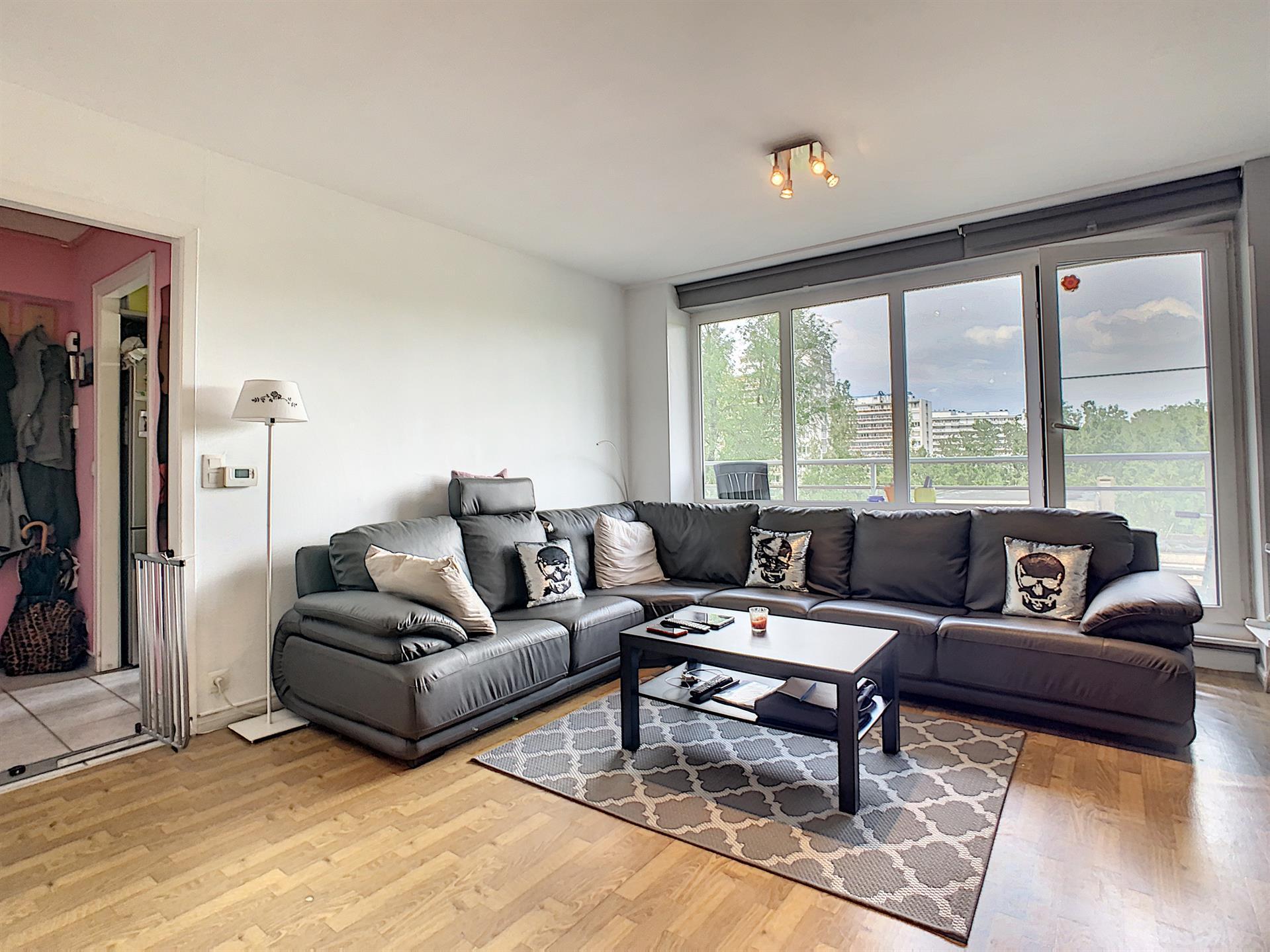 Appartement - Anderlecht - #4381251-0