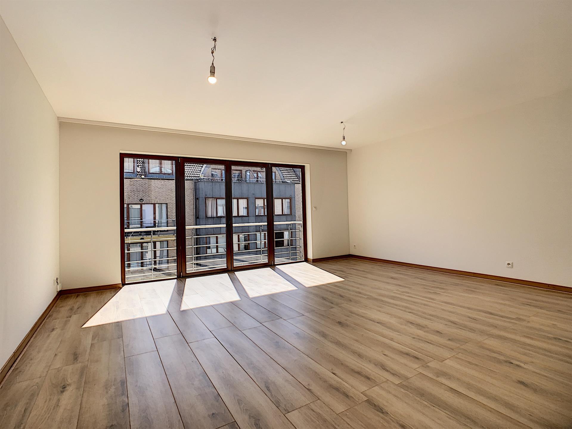 Appartement - Anderlecht - #4390142-0